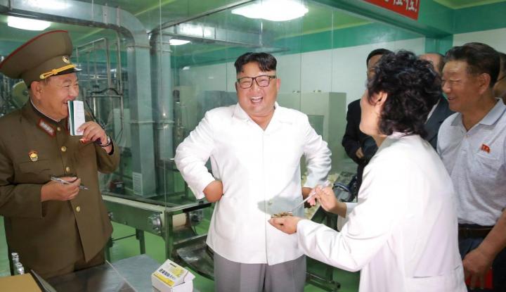 Foto Berita Kim Jong Un: Makanan Tentara Korut Harus Ditingkatkan