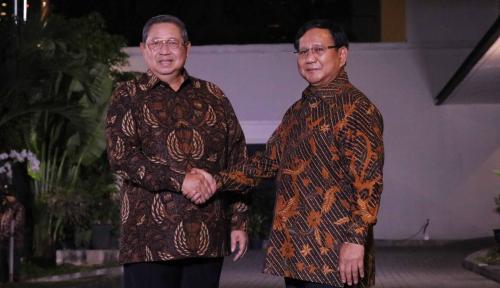 Foto Prabowo 'Geram' Baliho SBY Dirusak