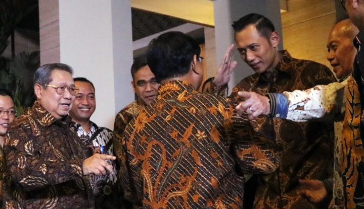10 Berita Viral AHY, Mulai dari Janji Bawa Investor Hingga Prabowo-AHY Menuju Halal - Warta Ekonomi