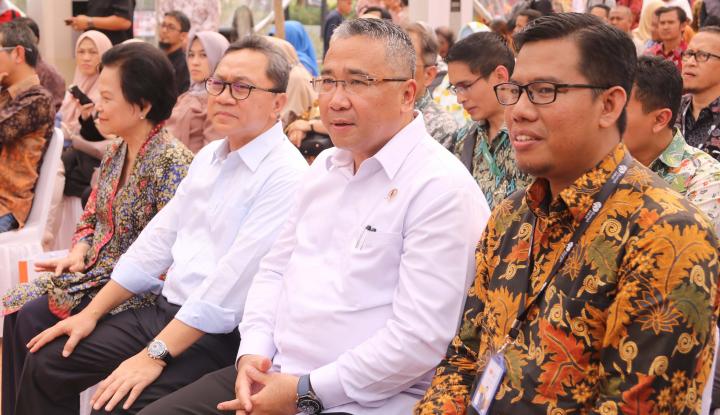 Foto Berita Mendes PDTT Klaim Pengelolaan Dana Desa di Sorong Baik