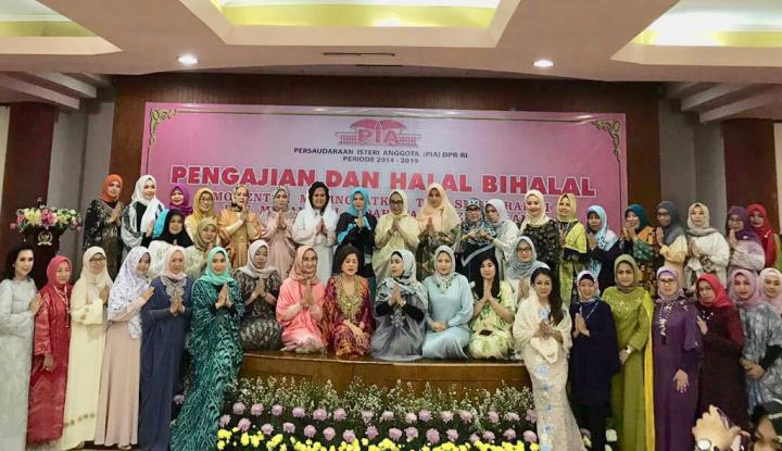 Foto Berita PIA DPR Tetap Kompak, Meski Suami Beda Pandangan Politik