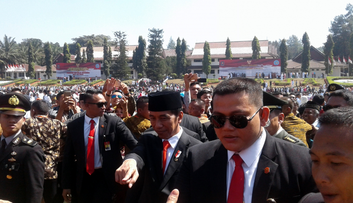Foto Berita Polisi Akhirnya Tangkap Peretas Medsos Ajudan Presiden