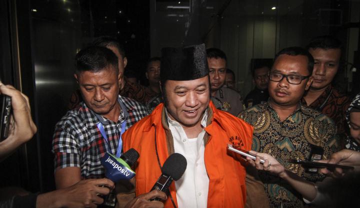 Foto Berita KPK Perpanjang Penahanan Adik Zulkifli Hasan