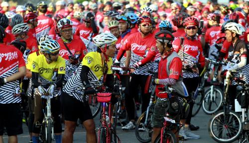 Foto Balap Sepeda Nusantara 2018 Gaungkan Lombok Bangkit