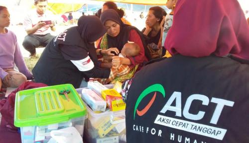 Foto ACT Berikan Pelayanan Medis dan Makanan di Area Aksi 22 Mei