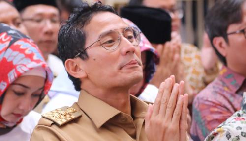 Foto Sandiaga Mau Cium Tangan Jokowi, Ngabalin: Enggak Usah!