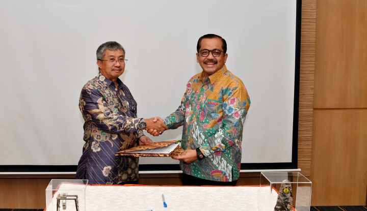 Foto Berita Kembangkan Energi Terbarukan, IPC dan Balitbang ESDM Jalin Kerja Sama