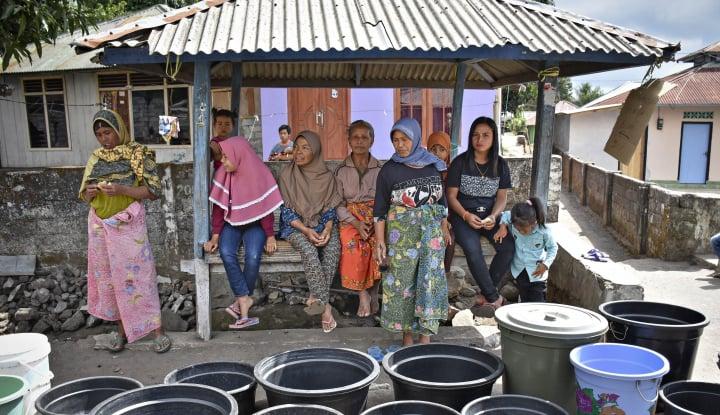 Foto Berita PUPR Mobilisasi Bantuan Sanitasi Air Bersih Kepada Korban Gempa