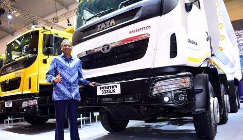 Foto Tata Motors Luncurkan Truk Tambang dan Logistik di GIIAS 2018