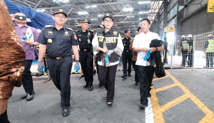 Foto Berita Misbakhun Minta Menkeu Naikkan Pangkat Staf DJBC Pengungkap Miras Selundupan di Tanjung Perak