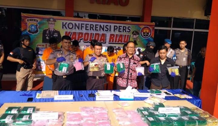 Polda Riau Gagalkan Peredaran Narkotika Senilai Rp45 M - Warta Ekonomi