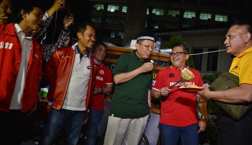 Foto Tak Pusingkan Cawapres, Sekjen Parpol Pendukung Jokowi Malah Bahas Nawacita