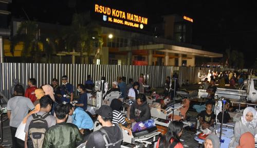 Foto Lombok Diguncang Lagi, BNPB Belum Pastikan Jumlah Korban Meninggal
