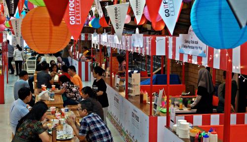 Foto Go-Food Dongkrak Omzet UMKM, Berapa Kontribusinya ke Ekonomi RI?