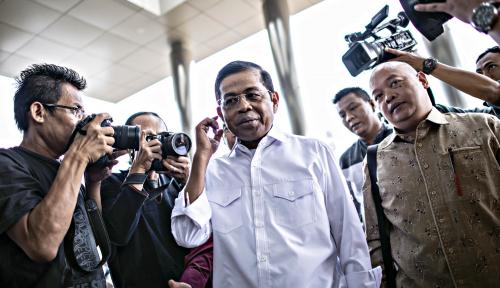 Foto KPK Terima Putusan Kasus Idrus Marham, Vonisnya?