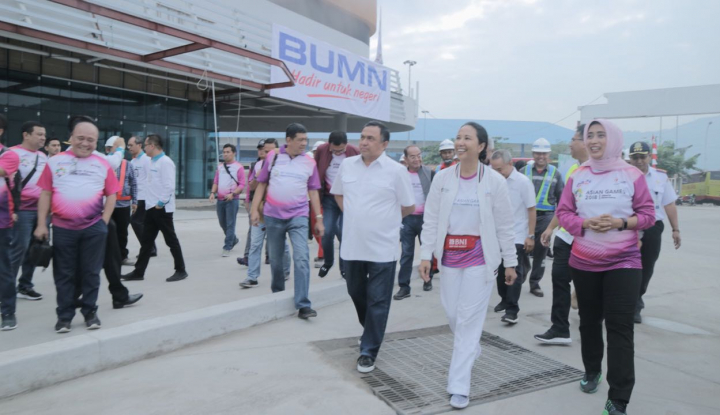 Foto Berita Menteri Rini Tinjau Layanan ASDP di Merak dan Bakauheni
