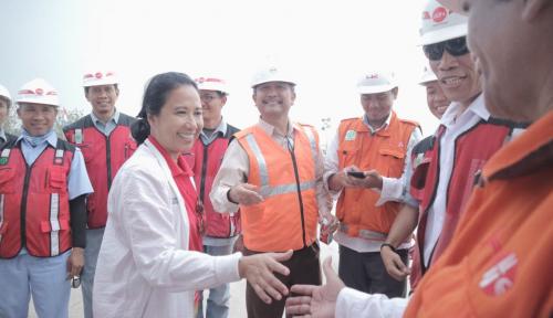 Ruas Tol Terpanjang Indonesia Dibangun Hanya 4 Tahun, Rini: BUMN Bangga!