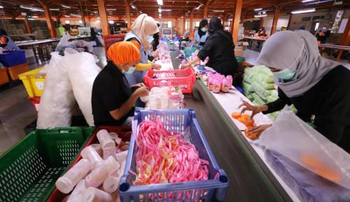 Foto Industri Manufaktur Topang Ekonomi Kepri