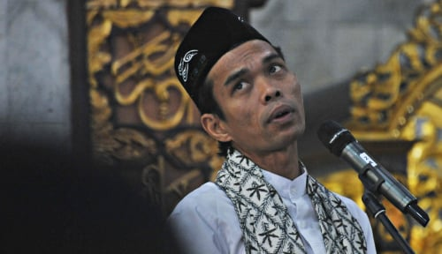 Foto Abdul Somad Penuhi Panggilan Pengadilan