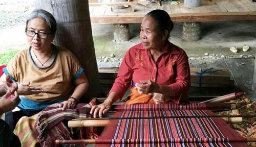 Foto Torajamelo, Menjadi Social Enterprise yang Mengangkat Derajat Perempuan Penenun Indonesia