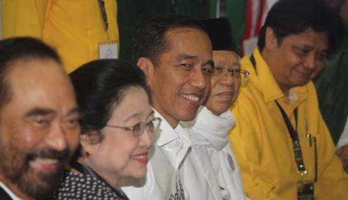 Foto Ketua Timses Jokowi, Siapa Ya?