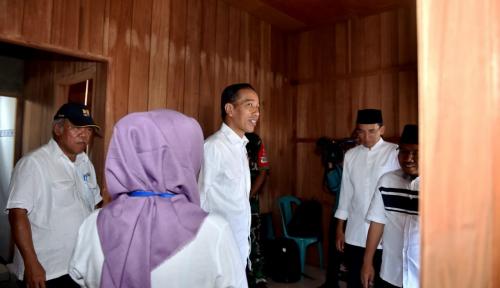 Foto Ditinjau Jokowi, Renovasi Rumah Zohri Masih dalam Pengerjaan