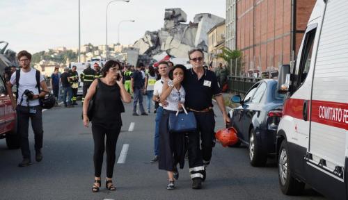 Foto Jembatan Ambruk di Genoa Tewaskan Setidaknya 35 Orang