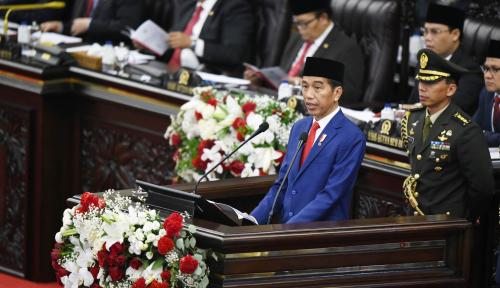 Foto Presiden Umumkan Pencapaian Pembangunan Selama Masa Jabatan