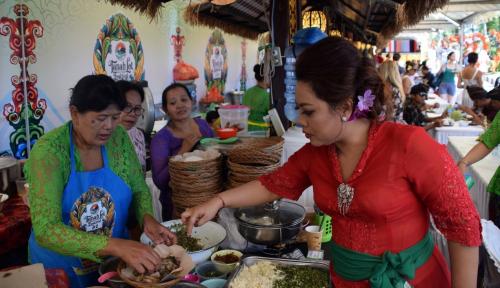 Foto 37 UMKM Meriahkan Tanah Lot Art & Food Festival 2018