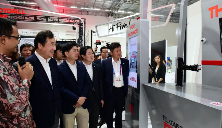 Foto Berita PM Korsel Kunjungi Telkomsel 5G Experience Center
