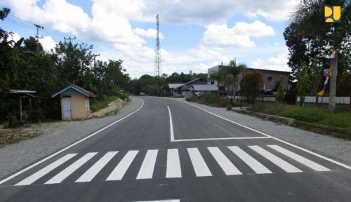 Foto Infrastruktur Perbatasan Entikong Dorong Pengembangan Ekonomi Lokal