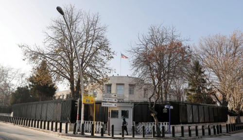 Foto Kedutaan AS di Turki Ditembaki Orang Tak Dikenal