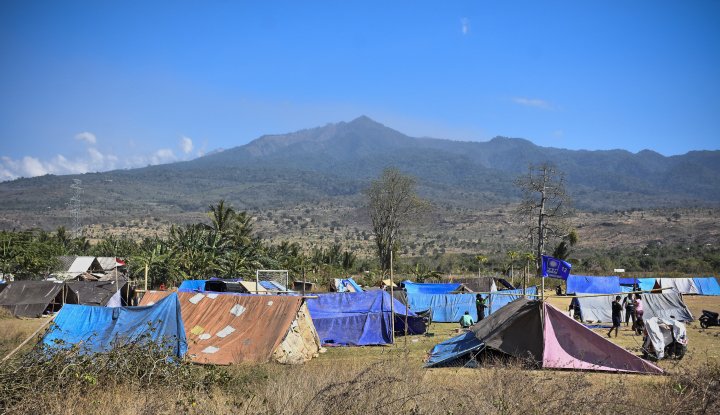 Foto Berita Pascagempa, Pasha Ungu dan Istri Tidur di Tenda Pengungsian