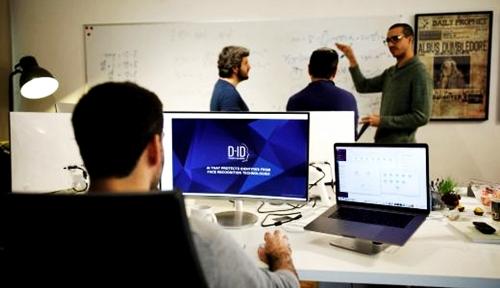 Foto Duh, Jangan Coba-Coba Deh Rekrut 3 Tipe Karyawan Ini di Perusahaanmu, Bisa Bangkrut!