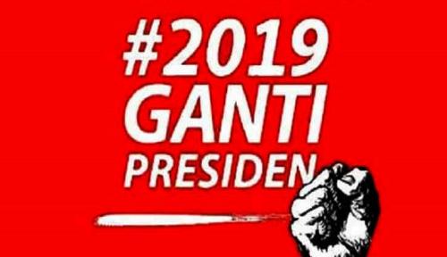 Foto Polisi Surabaya Bubarkan Deklarasi #2019GantiPresiden