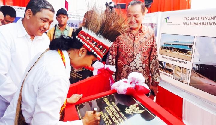 Foto Berita Menteri BUMN Resmikan 16 Proyek Senilai Rp2,1 Triliun di Indonesia Timur