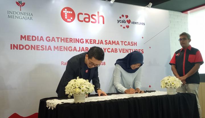 Foto Berita Dukung Dunia Pendidikan, T-Cash Gandeng Indonesia Mengajar