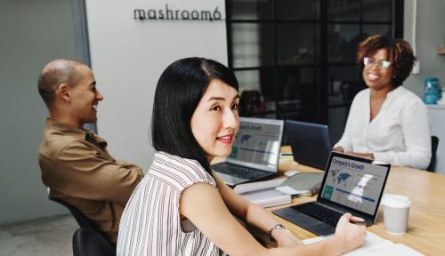 Foto 9 Cara Jaringan Bisnis yang Sukses Berdayakan Perempuan Pengusaha