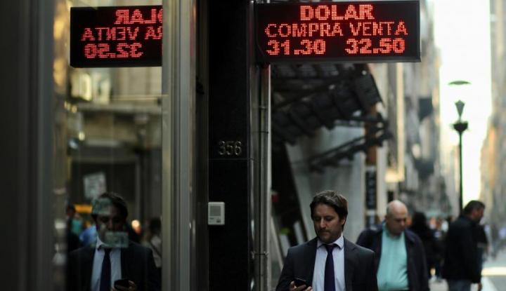 Foto Berita Apa yang Terjadi pada Peso Argentina?