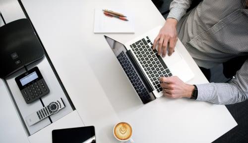 Foto Dear Pelaku Usaha, Software Bajakan Bisa Buat Rugi Jutaan Dolar Loh