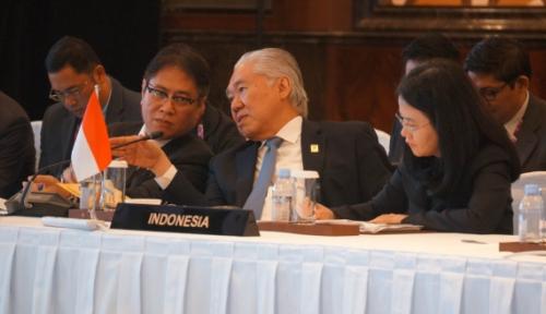 Foto Indonesia Dorong Kerja Sama Ekonomi Asean dengan 3 Negara Ini