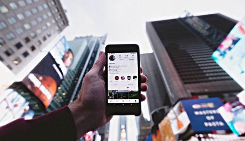 Foto Pengiriman Diprediksi Anjlok Tahun Ini, Stok Smartphone Menipis?