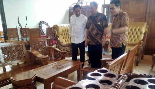 Foto Industri Furniture dalam Negeri Butuh Dukungan Teknologi