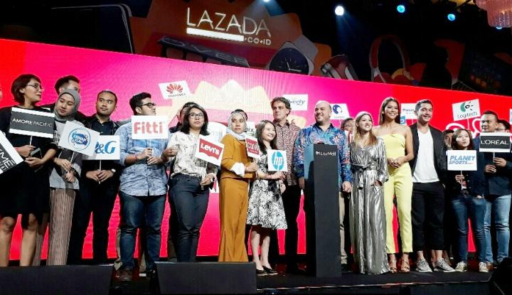 Foto Berita Gandeng Ratusan Brand Ternama, Lazada Luncurkan Lazmall