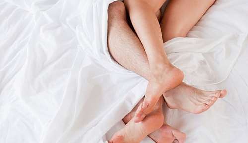 Suami Ngaco, Ngaku Positif Corona ke Istri, Eh Malah Indehoi dengan Selingkuhan