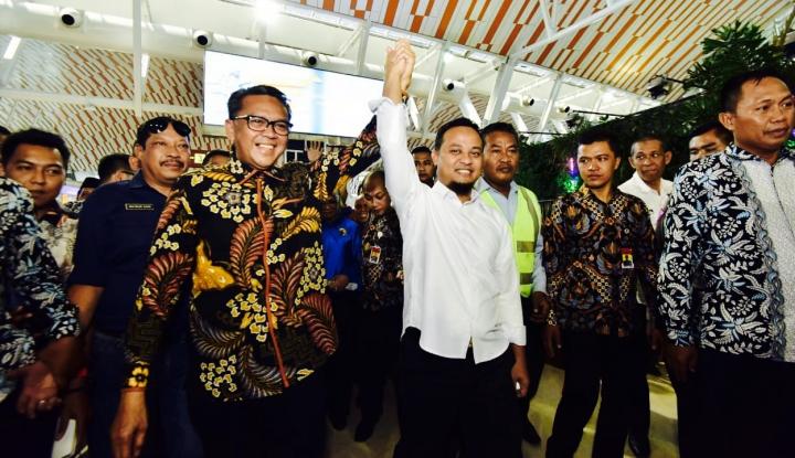Foto Berita Gubernur dan Wagub Baru Sulsel Disambut Ritual dan Tarian Adat