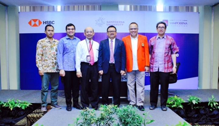 Foto Berita HSBC dan Sampoerna University Perkuat Literasi Keuangan di Indonesia Timur