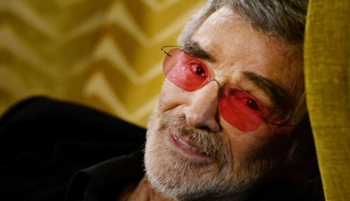 Foto Berita See You on the Other Side, Burt Reynolds!