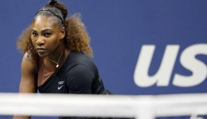 Foto Berita Serena Williams, Sudah Jatuh Tertimpa Tangga Pula