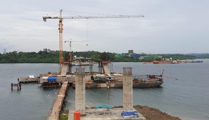 Jembatan Pulau Balang Pangkas Biaya Logistik di Lintas Selatan Kalimantan - Warta Ekonomi